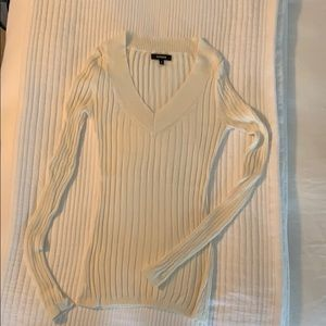 Express light weight ribbed sweater V-neck